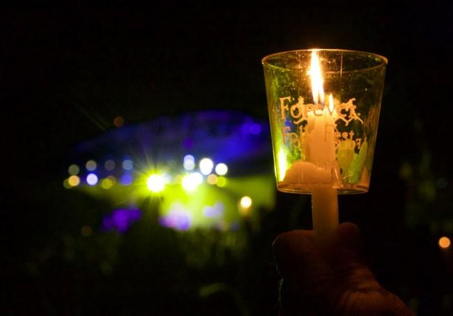 A Folk Fest candle