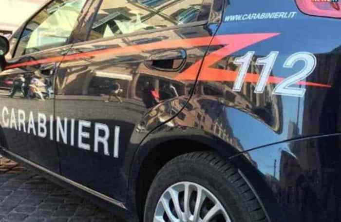 carabinieri Tentano di uccidersi a vicenda. con martello e coltello, al Giambellino Lombardia Prima Pagina