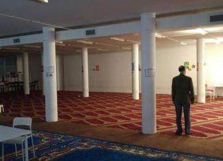 via Cavalcanti, moschea abusiva Milano