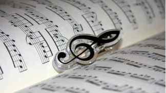 opensinging-324x182 Open singing. Tutti a cantare in piazza Duomo a Milano Intrattenimento Musica