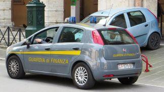 Guardia_di_Finanza_car-324x182 Liquid Gold. Sgominata banda dell'hawala. Finanziavano il terrorismo? Milano Prima Pagina