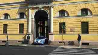 """20180330_105731-324x182 Salta sull'auto di uno sconosciuto. """"Aiuto mi inseguono"""" Cronaca Milano Prima Pagina"""