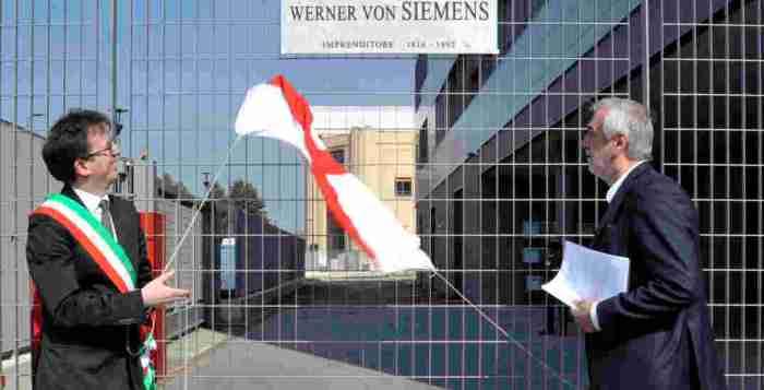 Targa della n uova via Werner von Siemens a Milano