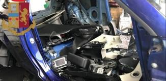 Sfasciacarrozze automobile smontata