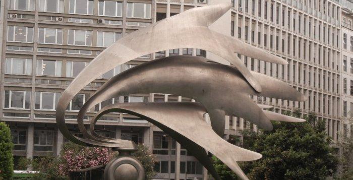 monumento dedicato all'arma dei carabinieri a Milano in Piazza DIaz