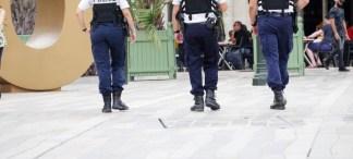 poliziotti-324x146 Legnano. Arrestati tre giovani tunisini per rapina Cronaca Milano Prima Pagina