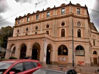 teatro-dal-verme-2-324x243 Il Teatro Dal Verme: musica letteratura ed arte nel centro di Milano Cultura Curiosità