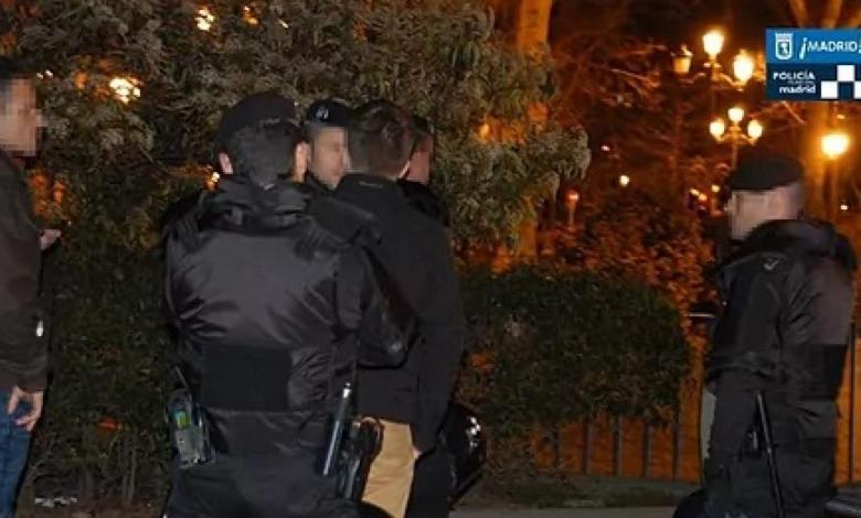 la-policia-detecta-decenas-de-botellones-en-madrid:-la-multa-es-de-1.000-euros