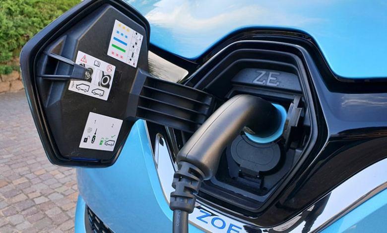 las-futuras-tecnologias-de-recarga-«inteligentes»-y-«sin-cables»-para-coches-electricos