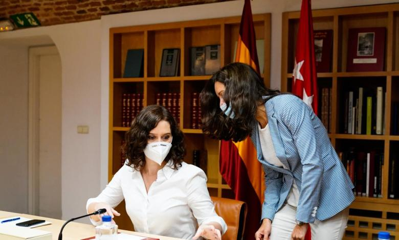 ayuso-pide-al-gobierno-un-«protocolo-para-confinar-o-cerrar»-los-pueblos-madrilenos-en-caso-de-un-rebrote