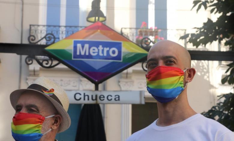 la-estacion-de-chueca-lucira-para-siempre-el-logo-de-metro-con-los-colores-arcoiris-en-apoyo-al-colectivo-lgtbi