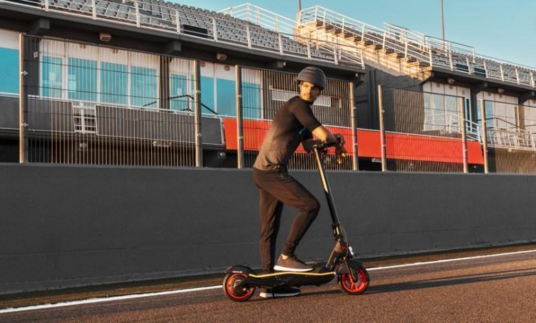 cecotec-bongo-serie-s-unlimited:-el-nuevo-patinete-electrico-llega-con-bateria-extraible-y-una-velocidad-maxima-de-25-km/h