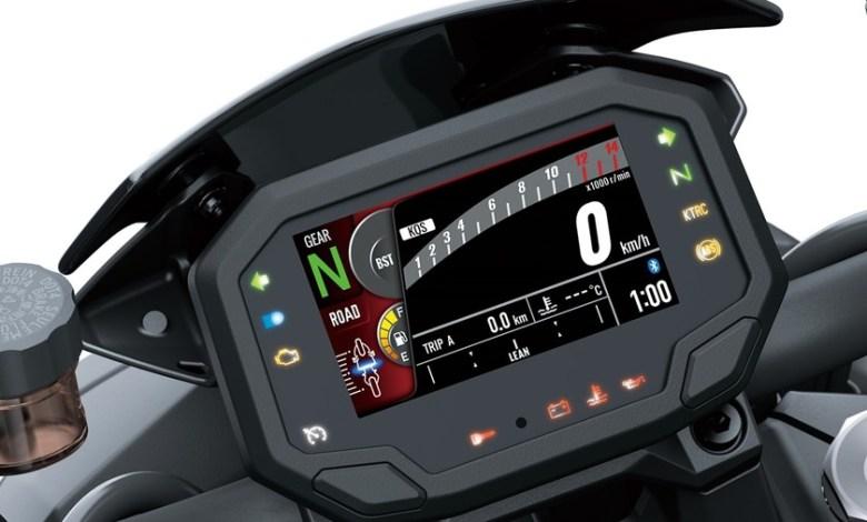 de-meros-velocimetros-a-mini-ordenadores-a-bordo:-asi-se-han-ido-llenando-de-tecnologia-los-cuadros-de-mandos-de-las-motos