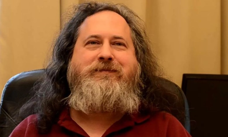 richard-stallman,-creador-de-gnu-y-la-gpl,-no-confia-en-la-privacidad-del-bitcoin-y-plantea-una-alternativa-abierta,-gnu-taler