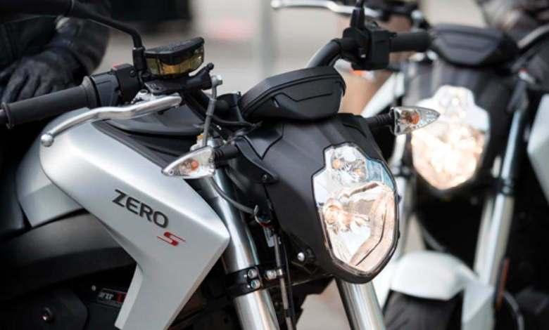 zero-motorcycles-esta-preparando-dos-nuevas-motocicletas-electricas:-zero-dsr/x-y-zero-fx/e
