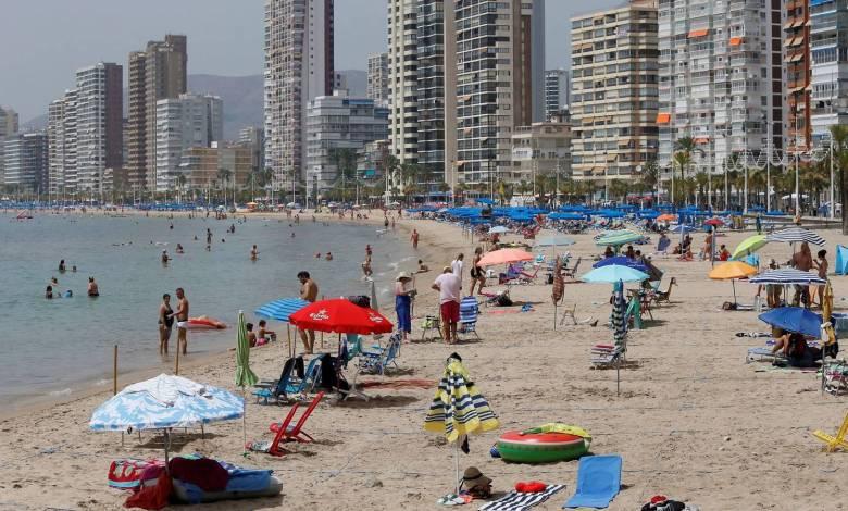 de-16000-a-8.000:-la-venta-de-casas-a-extranjeros-se-hunde-entre-abril-y-junio