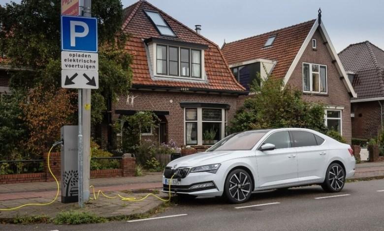 los-19-coches-hibridos-enchufables-mas-baratos-que-se-consideran-cero-emisiones-como-los-electricos