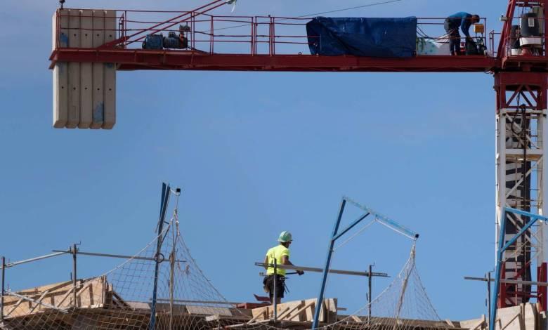 de-barcelona-a-madrid:-el-covid-19-frena-la-construccion-de-casas-en-toda-espana