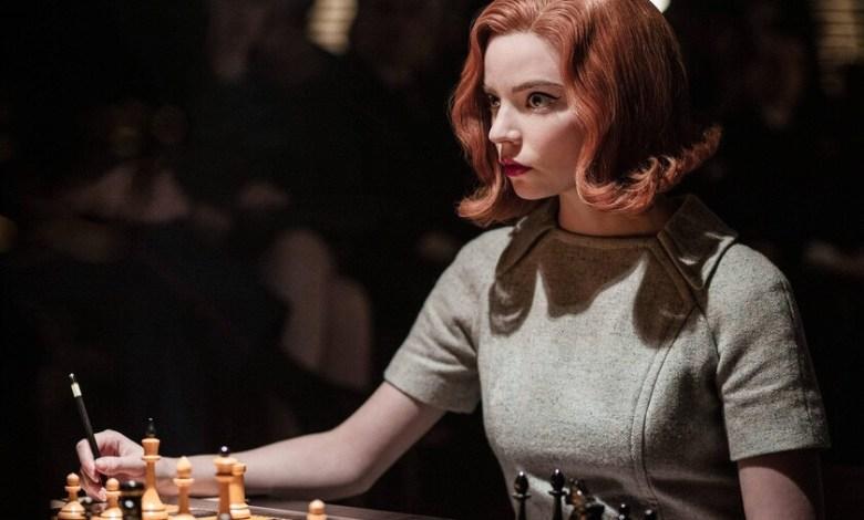 'gambito-de-dama':-netflix-borda-una-epica-miniserie-sobre-ajedrez,-perfecta-tanto-para-profanos-como-para-expertos-en-el-deporte