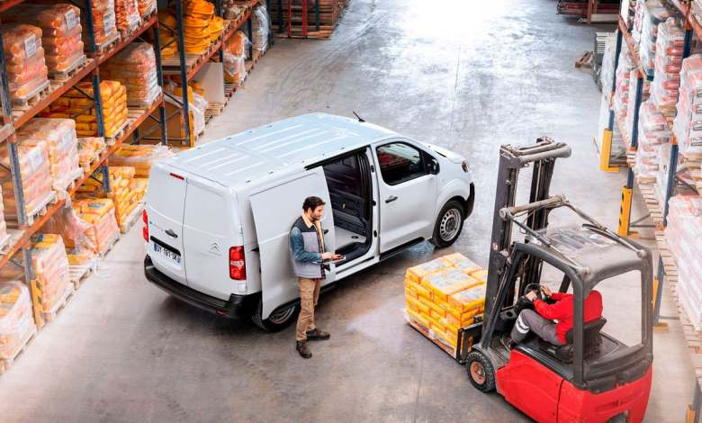 la-medida-de-la-dgt-para-impulsar-las-flotas-de-furgonetas-electricas-en-espana