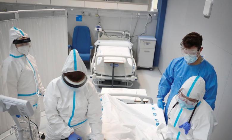 cinco-nuevos-pacientes-ingresan-en-el-hospital-de-emergencias-isabel-zendal
