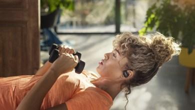 philips-tiene-nuevos-auriculares-deportivos,-y-llegan-con-limpieza-uv,-monitorizacion-cardiaca-y-tecnologia-de-conduccion-osea