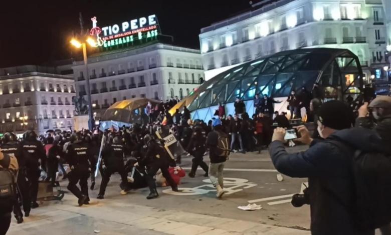 """ayuso-y-almeida-respaldan-a-la-policia-por-""""defender-la-paz-en-madrid""""-y-condenan-los-violentos-disturbios-en-las-calles"""