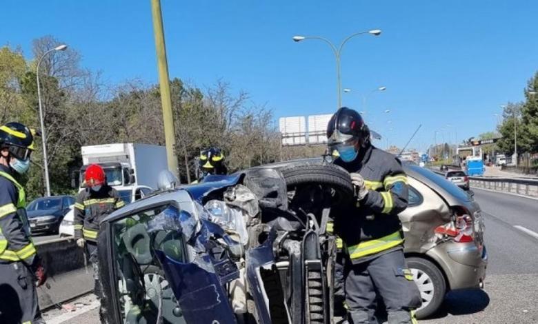 leves-cinco-heridos,-entre-ellos-un-bebe-de-3-meses,-en-un-aparatoso-accidente-en-la-a42