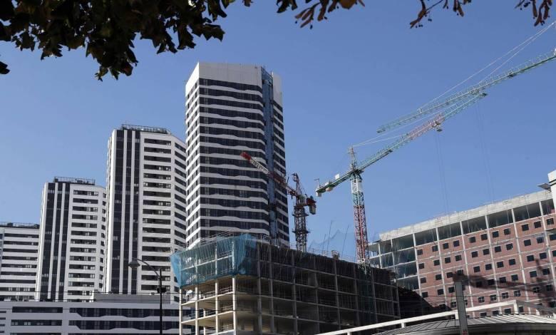 la-compraventa-de-viviendas-rompe-con-dos-meses-de-subidas:-se-desploma-un-15,4%