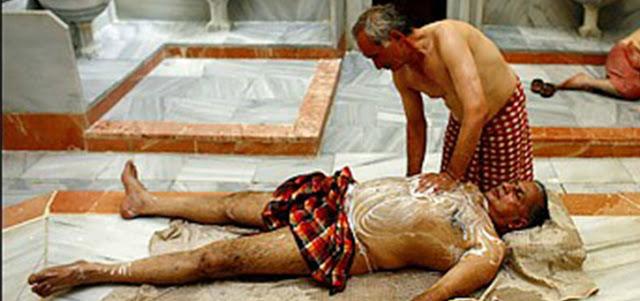 """اعتقال """"طياب"""" حاول اغتصاب زبون في حمام !"""