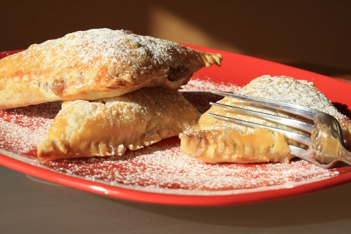 apple-turnovers-fork