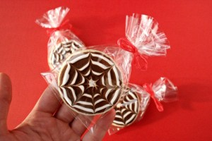 halloween-cobweb-sugar-cookies recipe with step by step pictures, sugar cookies recipe, spiderweb cookies recipe, sugar cookies ingredients, pictures, images