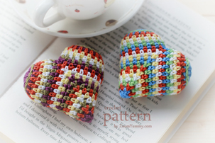 happy colorful crochet hearts pattern