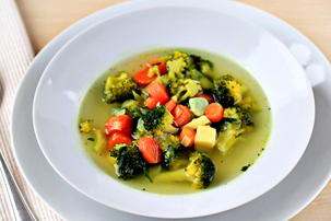 simple-vegetable-soup-recipe-with-step-by-step-images