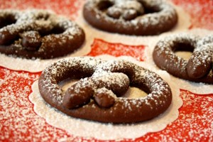chocolate pretzels recipe with step by step pictures and list of ingredients, homemade chocolate pretzels cookies, chocolate, pictures, ingredients, images