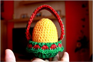 crochet Easter egg, crochet Easter egg pattern, how to crochet Easter egg, pattern, tutorial, free pattern, free tutorial, pictures, images