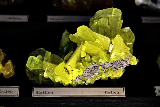 vienna nature science museum stone and minerals and crystals exposition