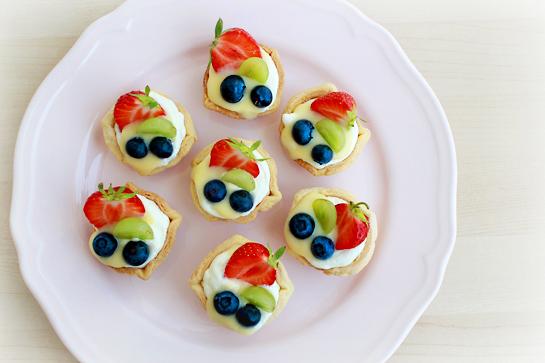mini fruit tarts fruit cutter