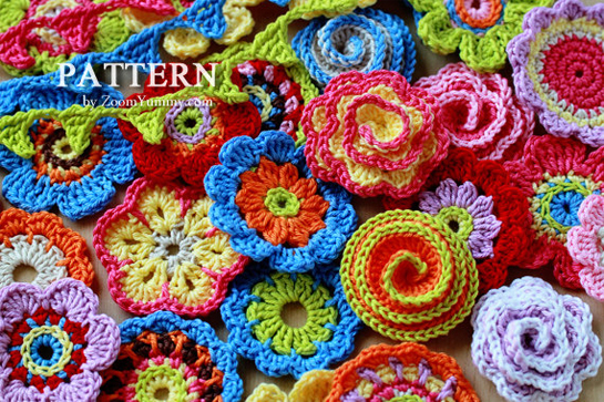 crochet-pattern-flowers-mini-bunting
