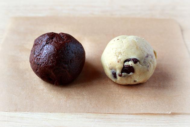 chocolate-chip-chocolate-fudge-cookies