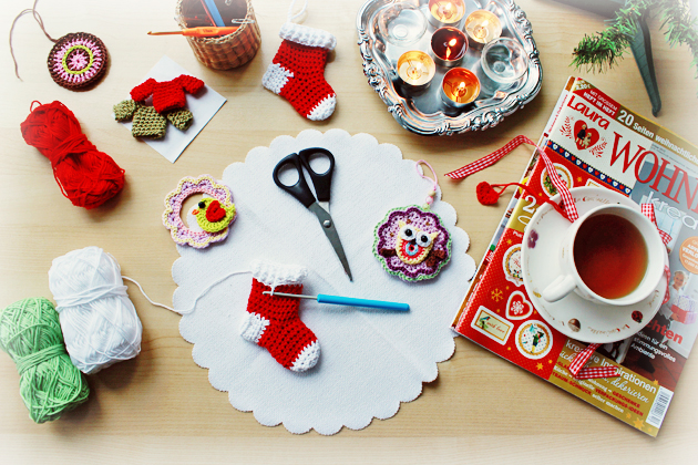 crocheting-christmas-ornaments