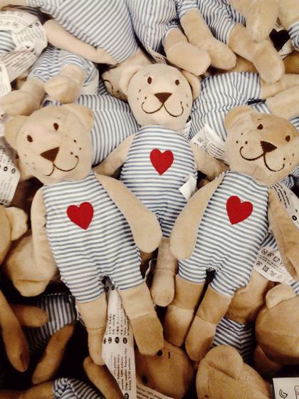 ikea teddy bears with hearts