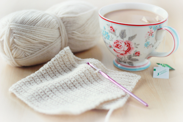crochet and shabby chic cup
