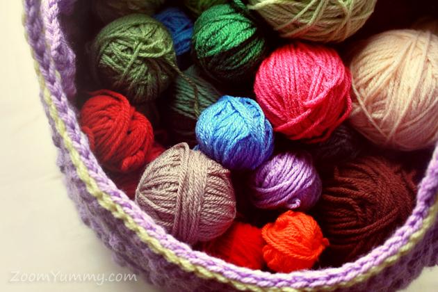 colorful balls of yarn