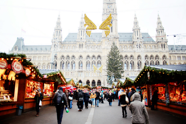 Christmas 2013 in Vienna - Vienna Christmas Market