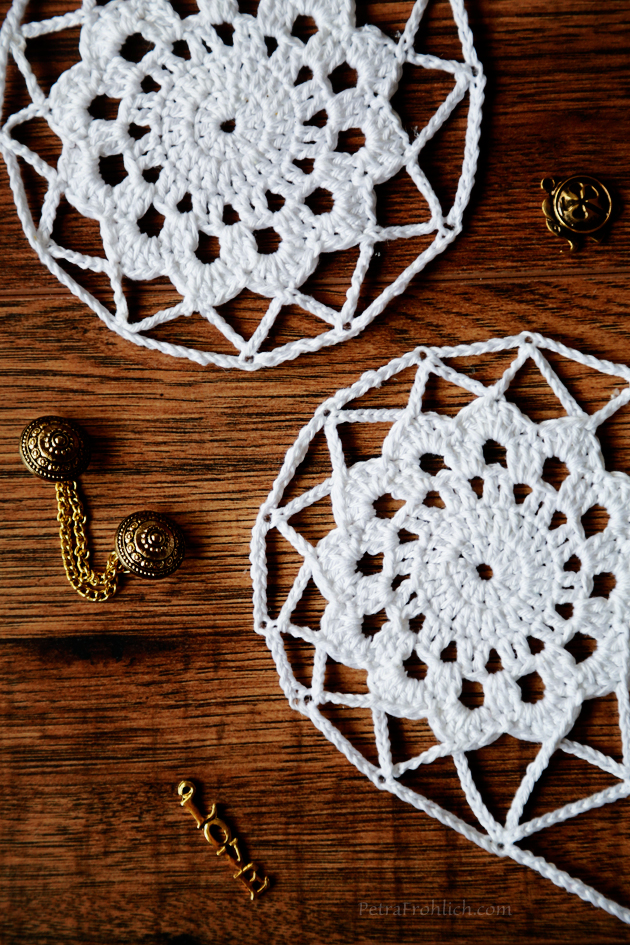 crochet-and-golden-beads