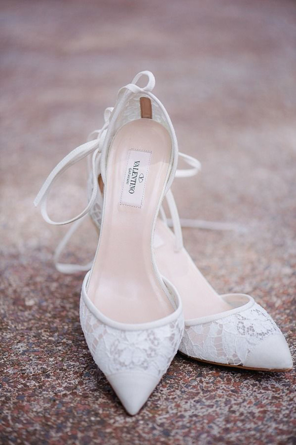 valentino-lace-wedding-heels-neutral-colored-shoes