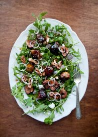Honey Balsamic Roasted Fig Salad With Walnuts & Chèvre Over Arugula Recipe