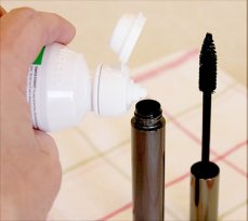 Refresh Dried Out Mascara with Eye Drops