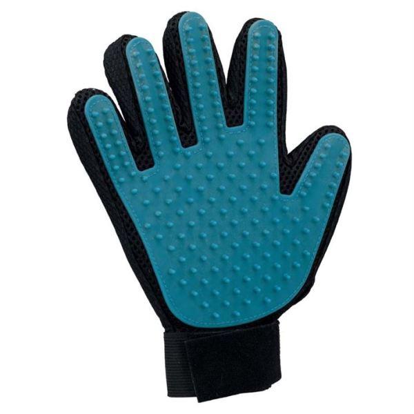 Расческа-перчатка для вычесывания шерсти Trixie резиновая, 16×24 см.